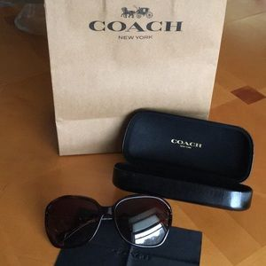 Coach Brown Sunglasses - 🔴 Sale